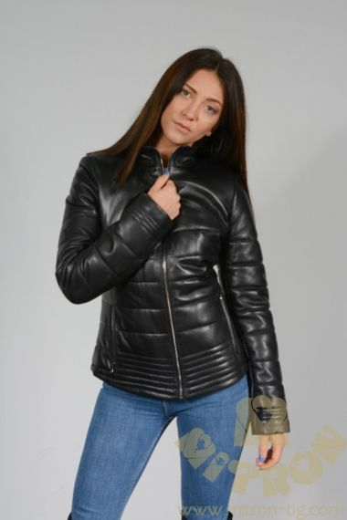 AA83 - LADIES WHICH IS LAMBLE LEATHER