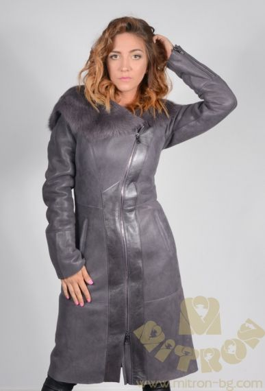 DA49 The Ladies Lambskin Coat