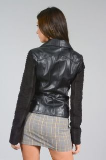 AA75 - LADIES WHICH IS LAMBLE LEATHER