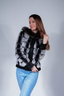 D450 -  Chinchilla women's coat